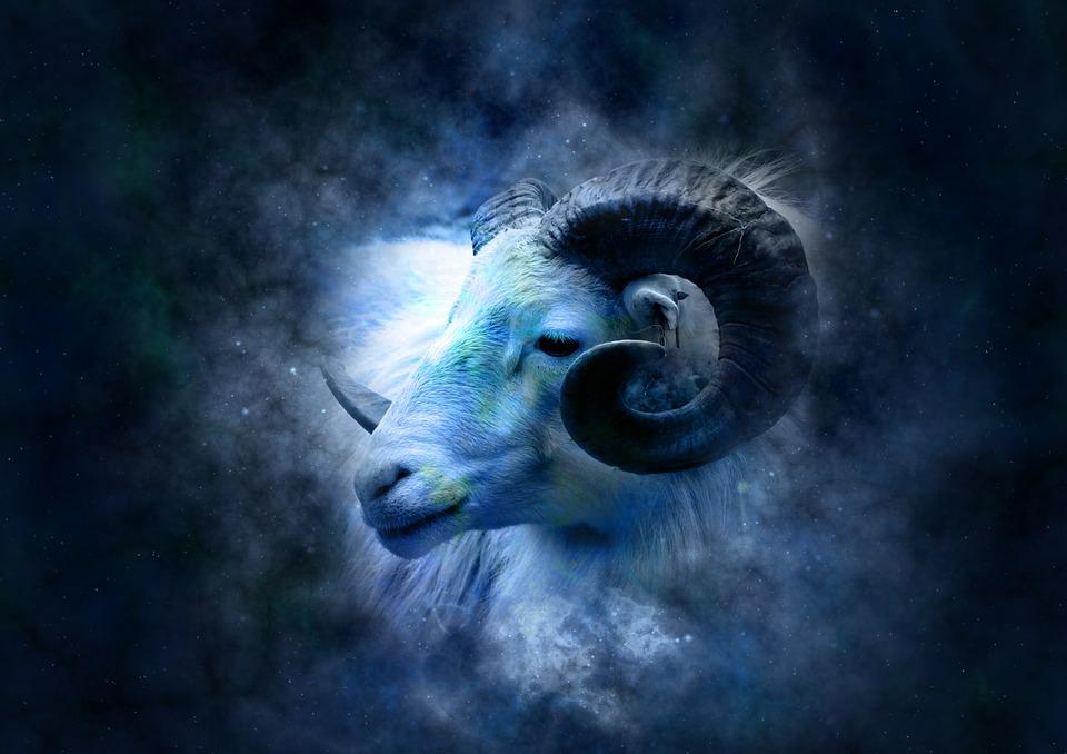 画像に alt 属性が指定されていません。ファイル名: horoscope-639126_960_7201.jpg